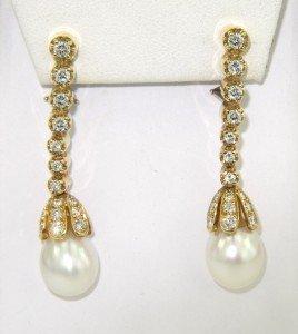 Bvcciari 18K Yellow Gold pearl Diamond Earrings