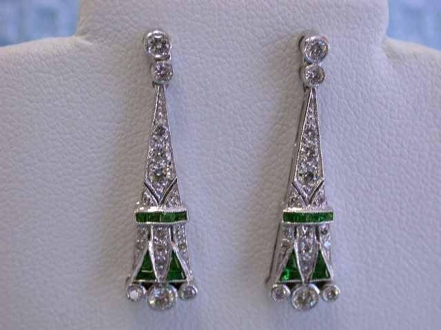18k White Gold Earrings with Diamonds and Tsavorite