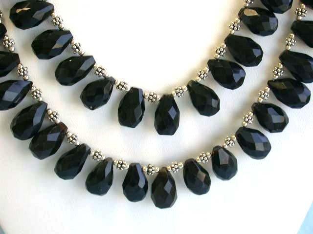 1E: Onyx Necklace