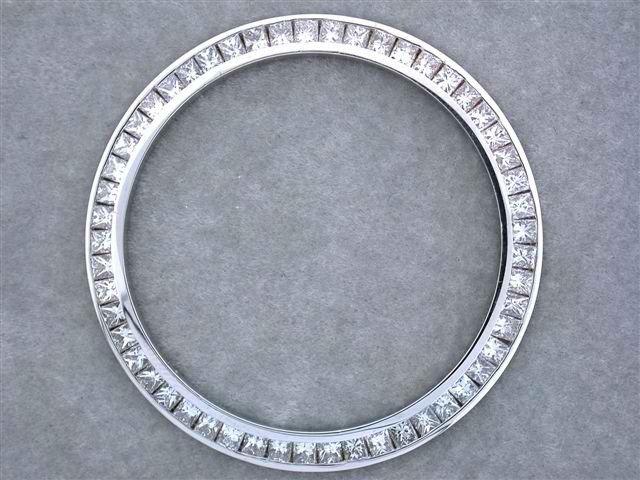 96A: 18k Gold Diamond Bezel for Men's DATED Rolex (2.60
