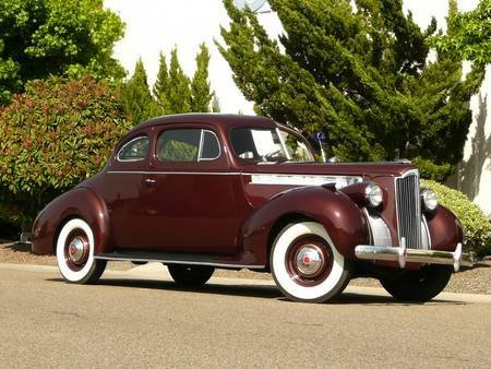 1S: 1940 PACKARD 110 CLUB COUPE