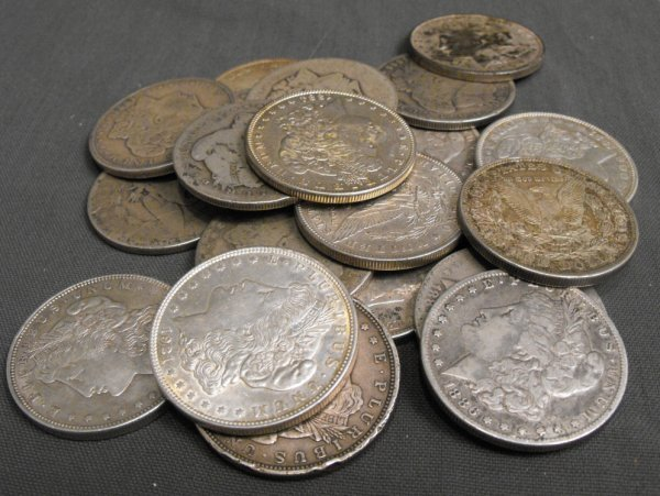 2L: Lot of 20 1878-1921 Mixed Date Silver Dollars