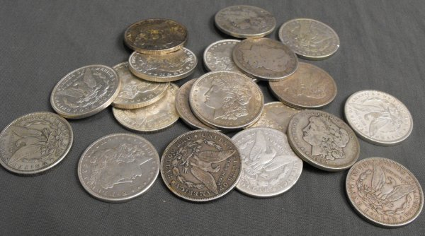 4L: Lot of 20 1878-1921 Mixed Date Silver Dollars
