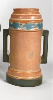 4T: Cylinder Shape Roseville Futura Vase