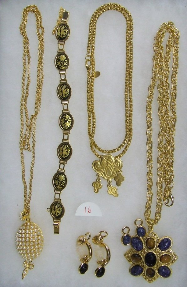 16: Necklace Collection & More