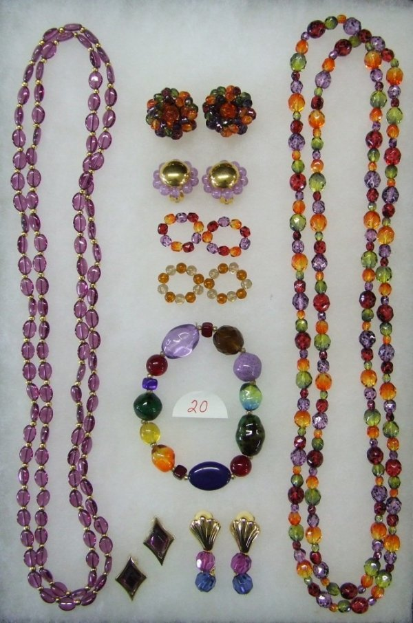 20: Glass Bead Necklace  w/Joan Rivers and Nolan Miller