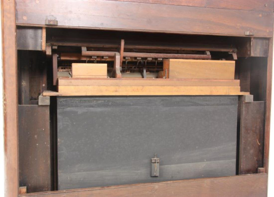 New England Organ Co. Pump Organ - 9