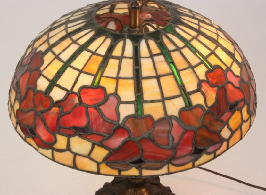 15.5 in. Leaded Floral Table Lamp - 10