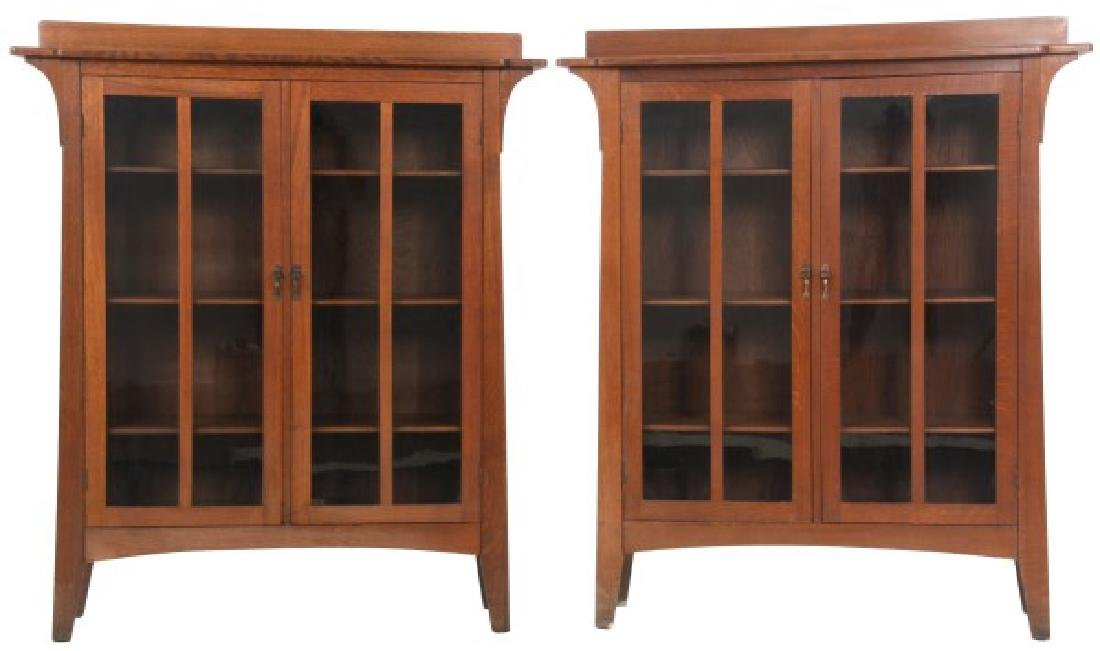 Pr. Limbert No. 358 Oak 2 Dr. Bookcases