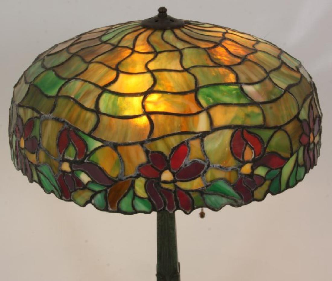 18.5 in. Leaded Poinsettia Table Lamp - 2