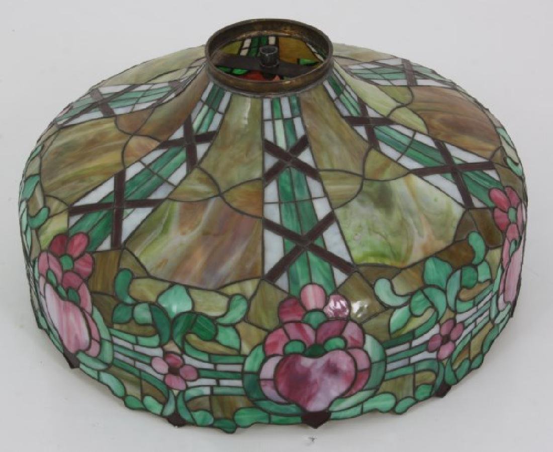 24 in. Leaded Hanging Lamp Shade - 8