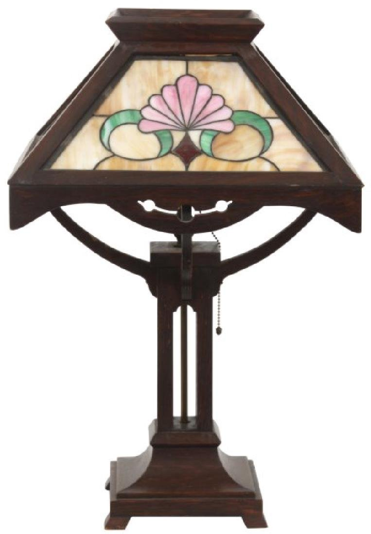 Oak Arts And Crafts Leaded Table Lamp