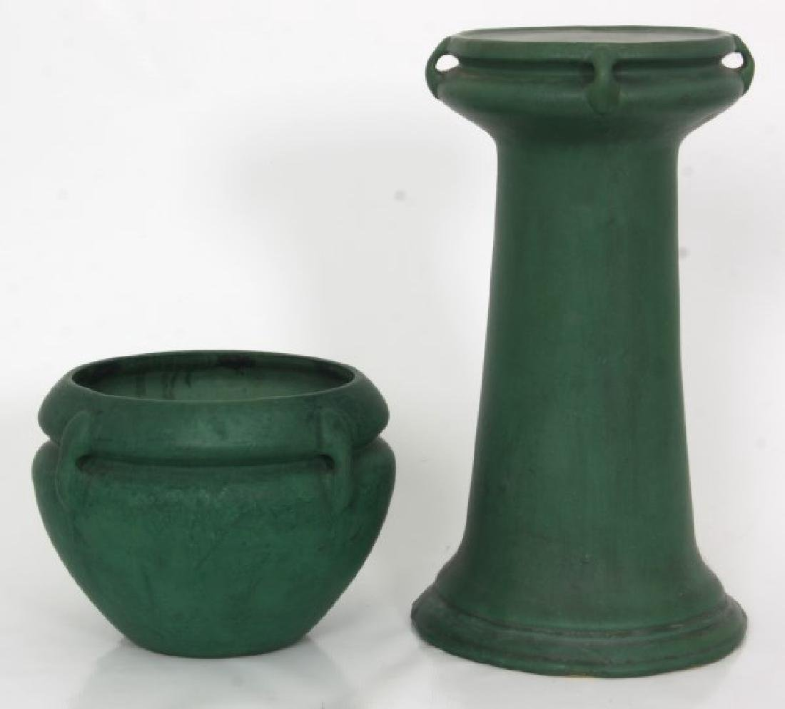 Roseville Matte Green Pedestal & Jardinieres - 4