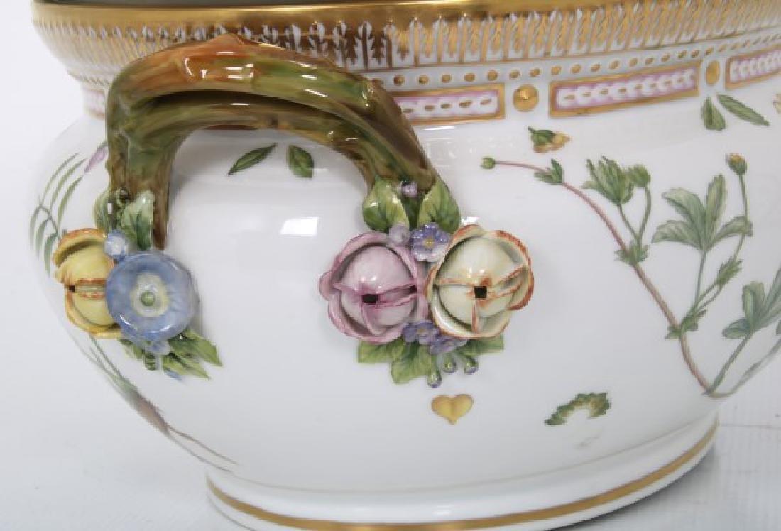 2 Pcs. Royal Copenhagen Flora Danica - 4
