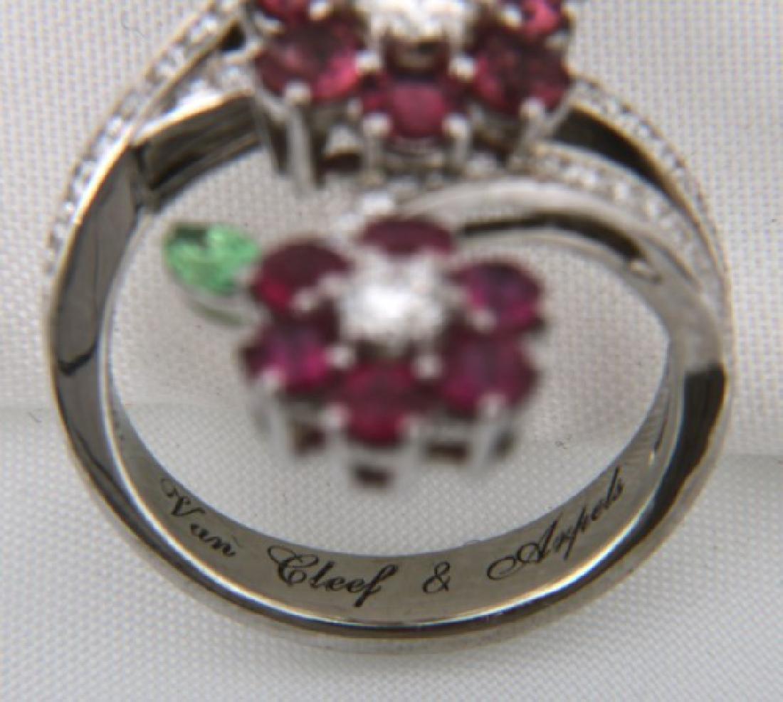 18K Van Cleef & Arpels Floral Bypass Ring - 7