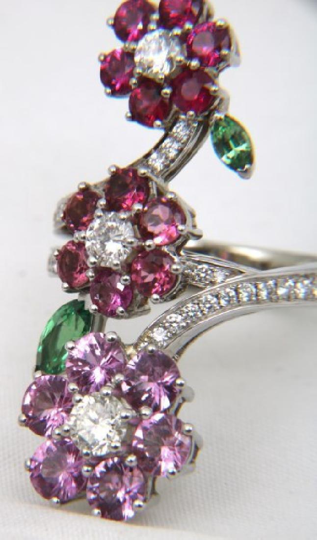 18K Van Cleef & Arpels Floral Bypass Ring - 9