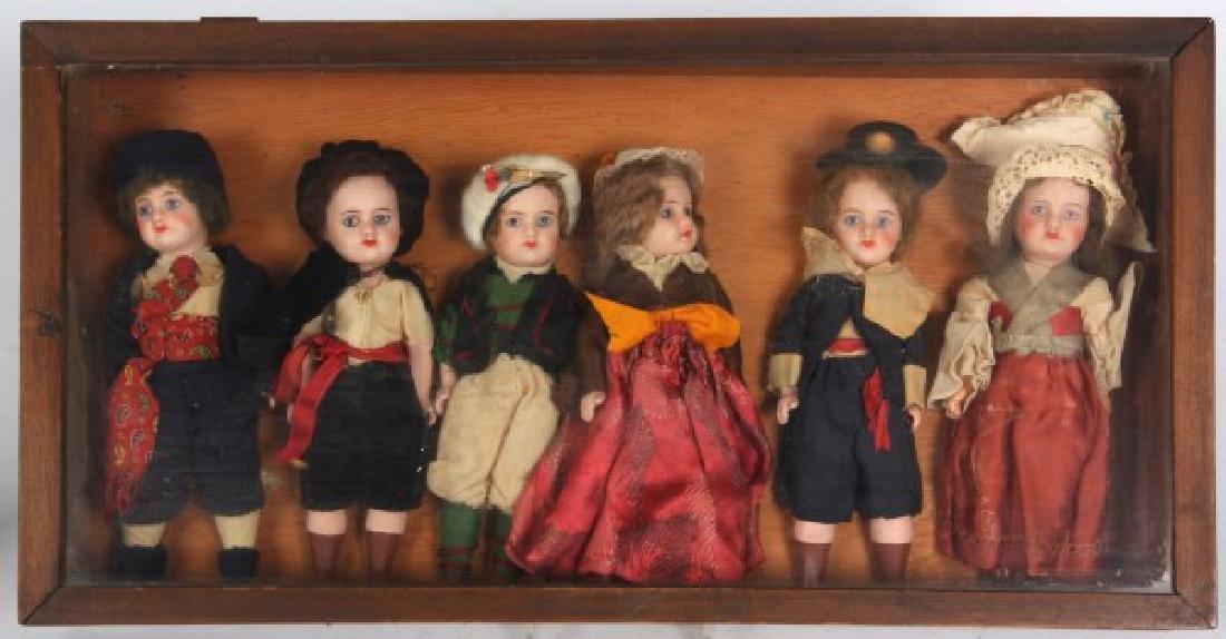 6 Rare S.F.B.J Size 60 Dolls