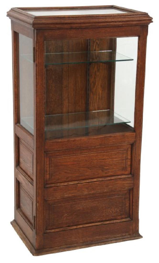 1 Dr. Oak Lift Top Display Case