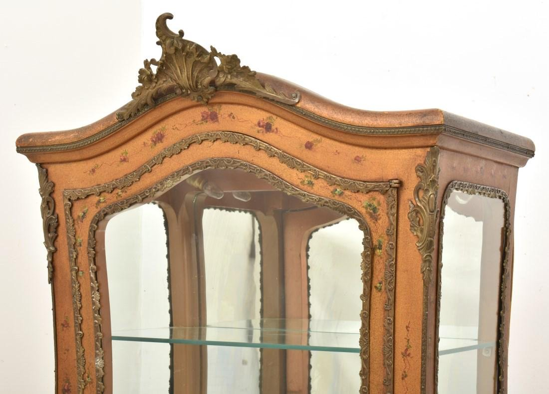 Paint Decorated Gilt Vitrine Curio Cabinet - 3