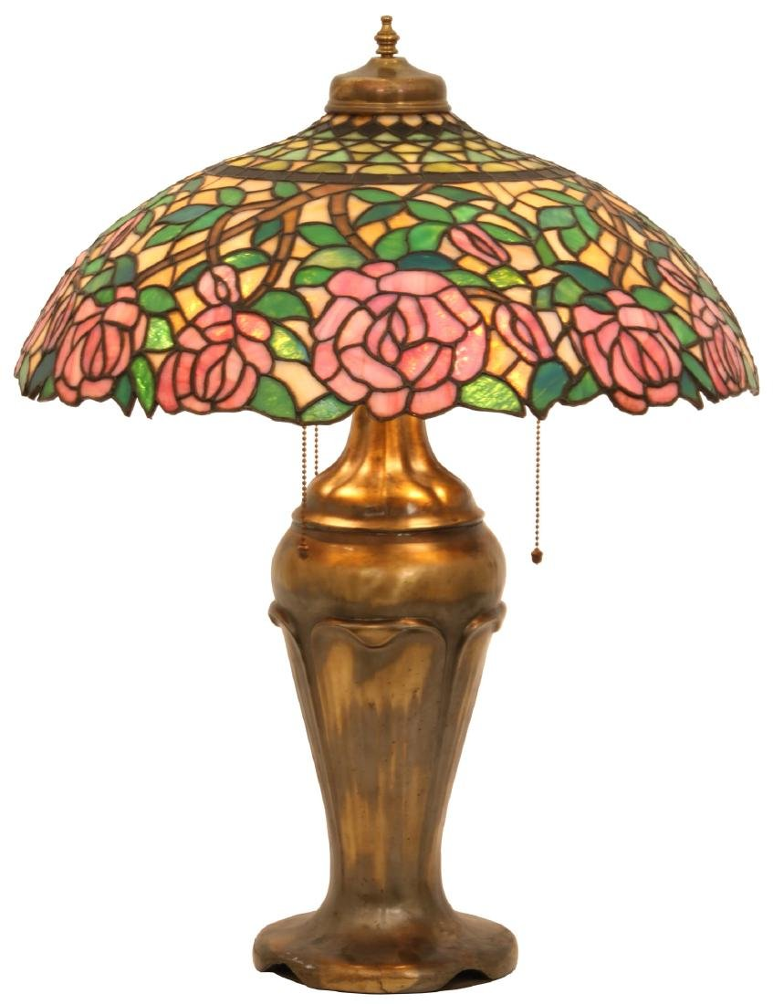 21 in. Open Rose Leaded Table Lamp
