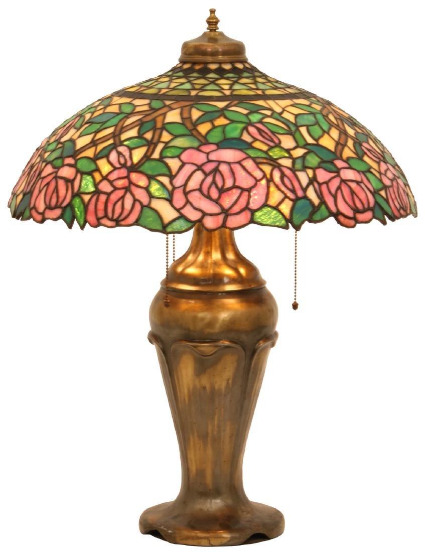 21 in. Open Rose Leaded Table Lamp