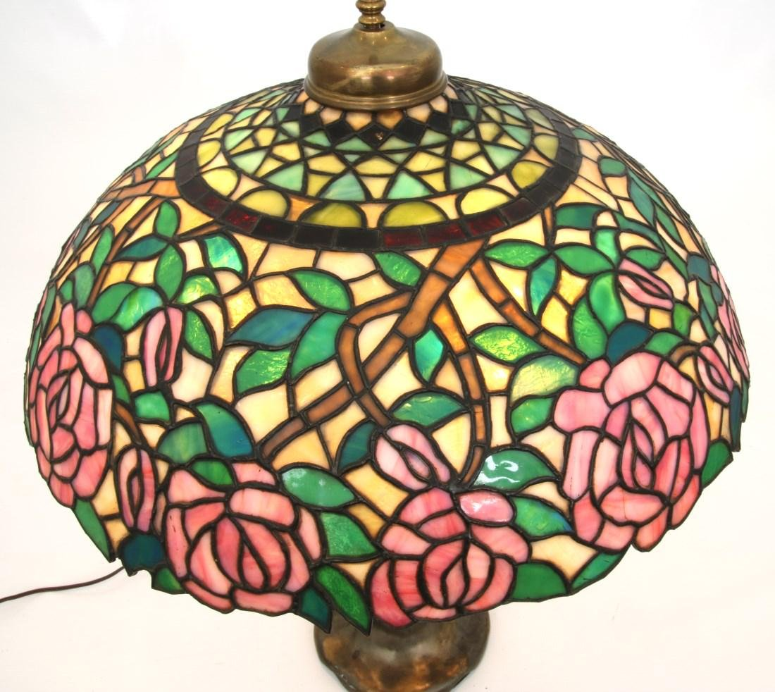 21 in. Open Rose Leaded Table Lamp - 2