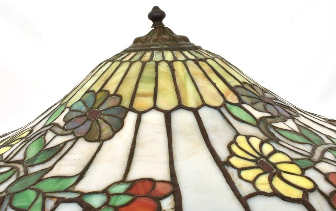 24 in. Chicago Mosaic Daisy Table Lamp - 4