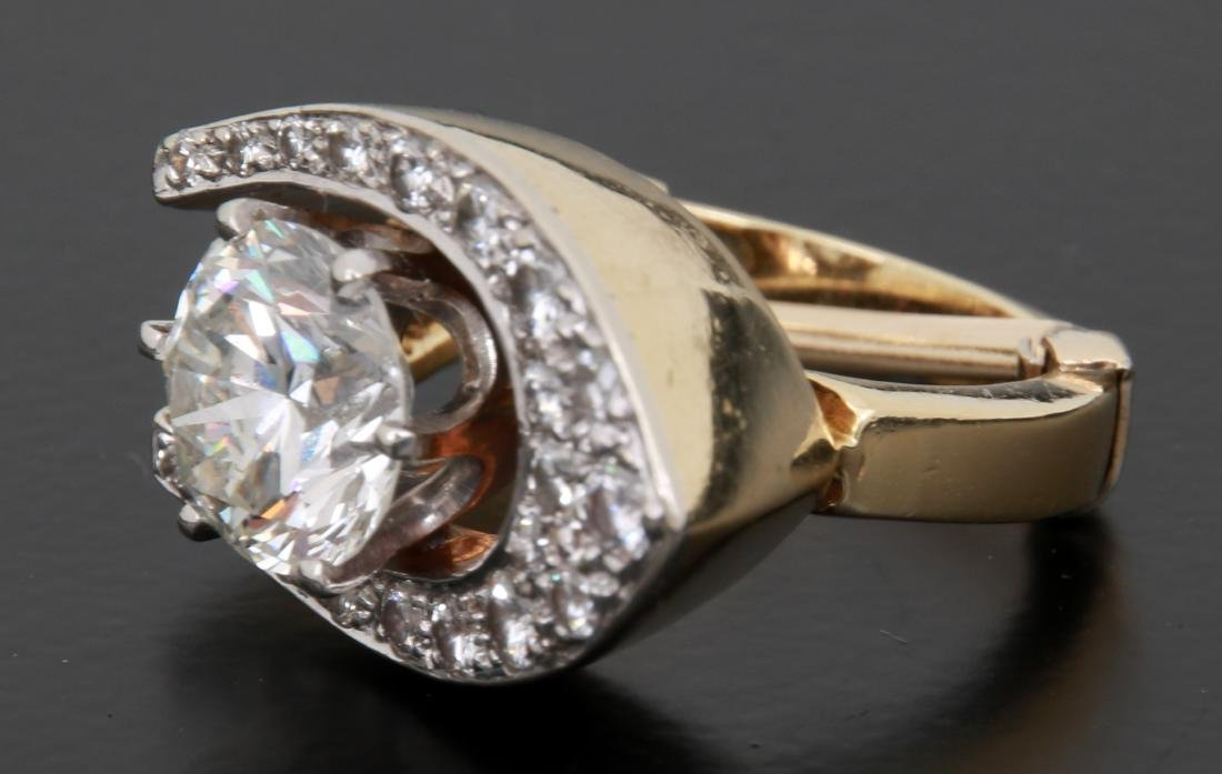 3 Ct. Diamond & 18K Gold Ring - 3