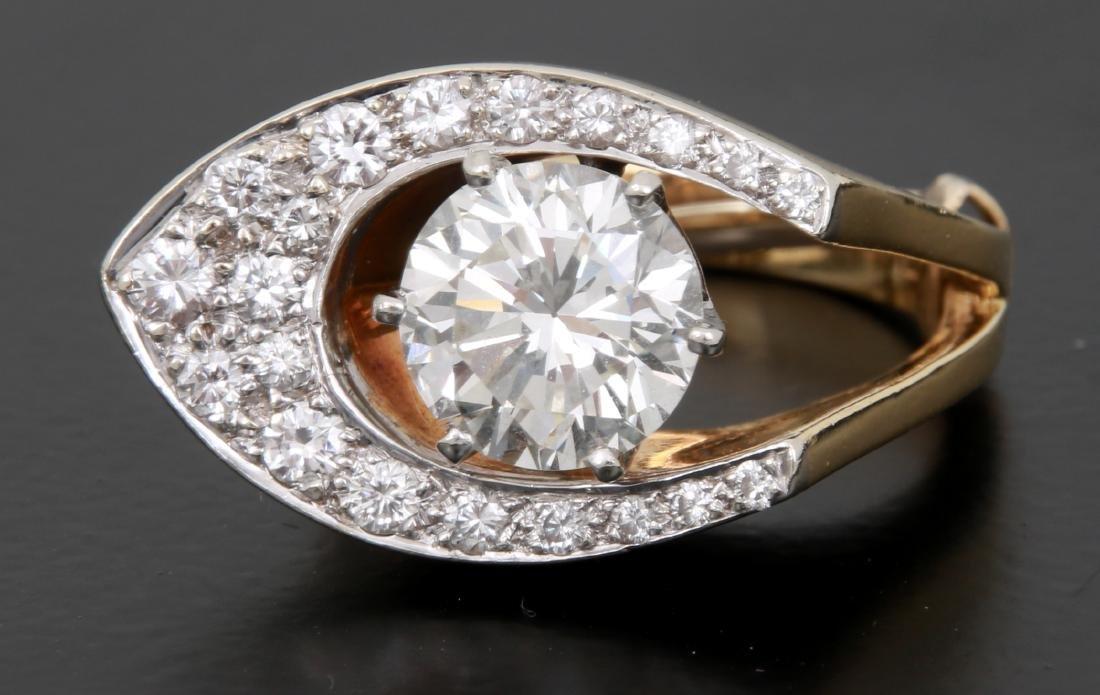 3 Ct. Diamond & 18K Gold Ring - 6