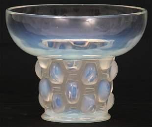 """René Lalique """"Beautreillis"""" Vase"""
