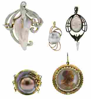 Group of Gold & Pearl Jewelry Items
