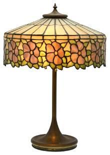 Unique Art Glass & Metal Co. Floral Table Lamp