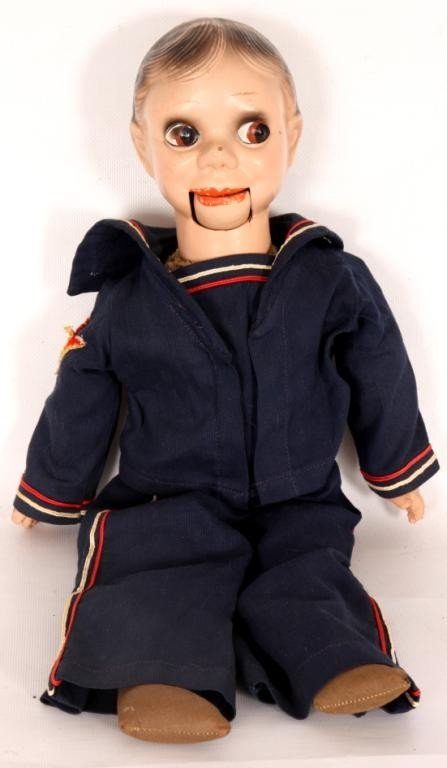 100: Charlie McCarthy Ventriloquist Doll w/ Cloth Body.
