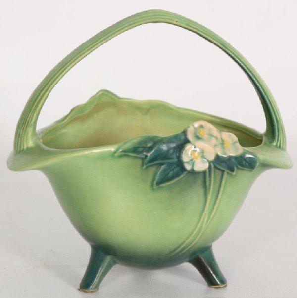 162: Roseville Green Floral Basket w/ Handle.