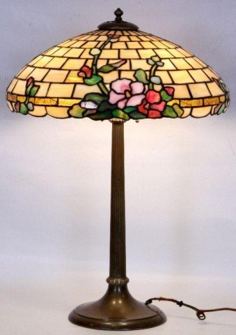 "18: DUFFNER & KIMBERLY 20"" LEADED HOLLYHOCK TABLE LAMP"