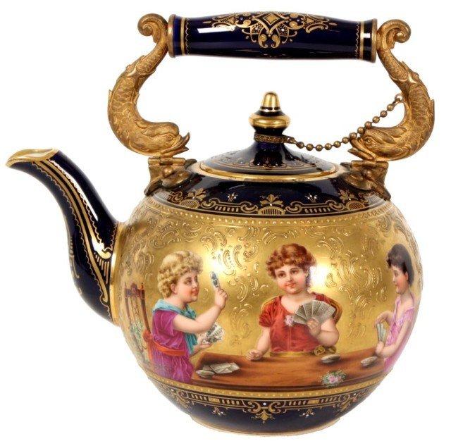 4: Royal Vienna Cobalt Teapot