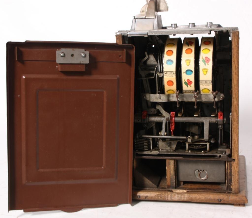 138: Mills 5 Cent Rock-Ola Vender Slot Machine - 7