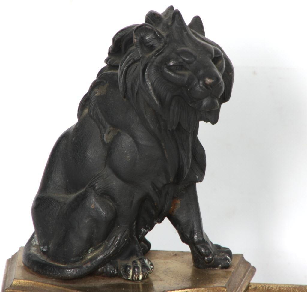 372: Figural Lion Fireplace Fender - 4