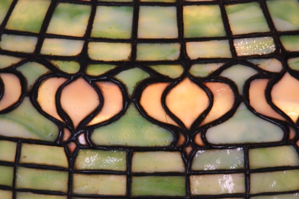 1: Tiffany Pomegranate Table Lamp - 4