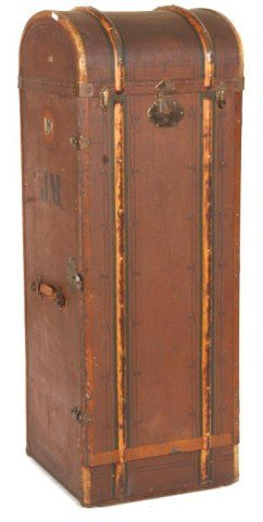 antique upright trunk 87960