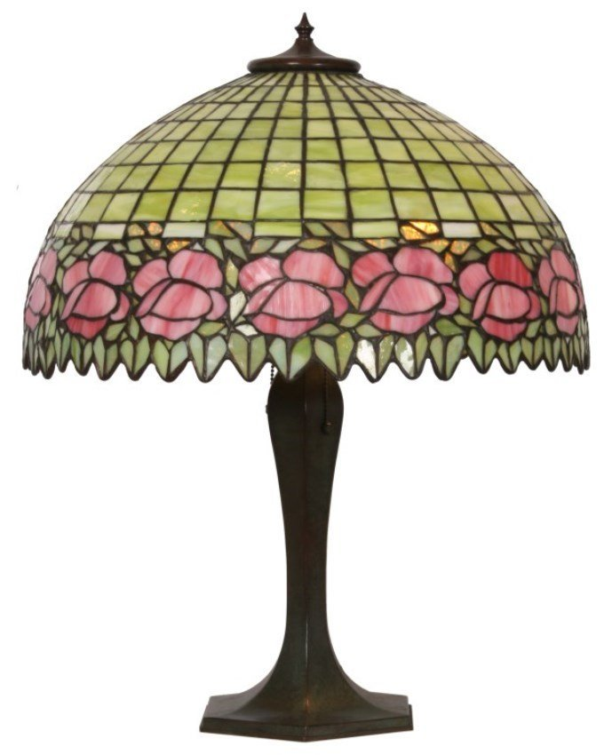 20 in. Unique Floral Leaded Table Lamp