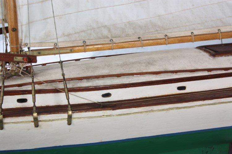 Vintage Seaworthy Yacht Pond Boat - 7
