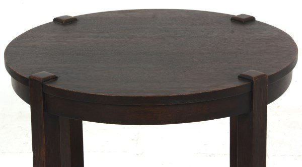 Gustav Stickley No. 439 Oak Tea Table - 3