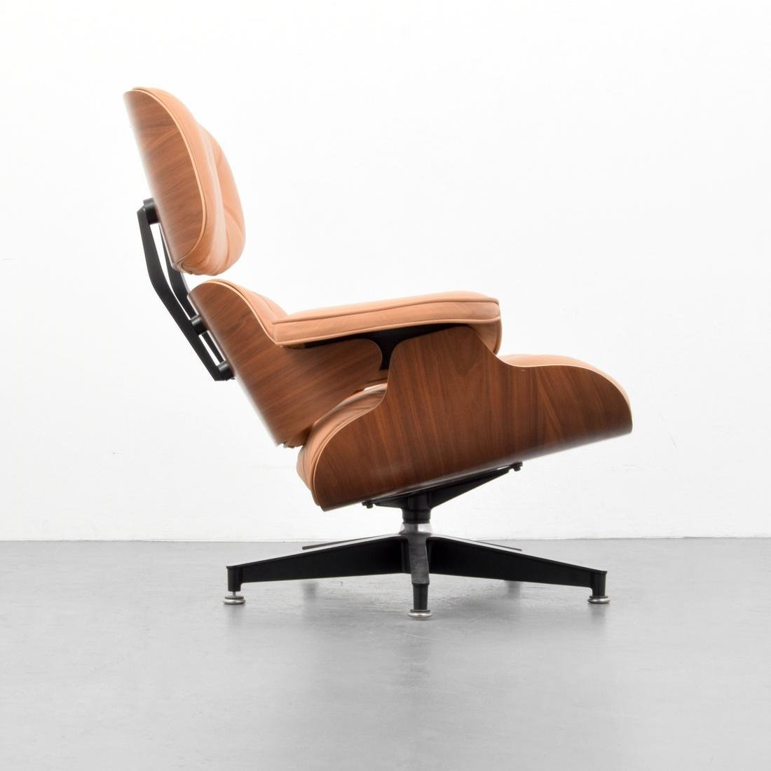 Charles & Ray Eames Lounge Chair - 3