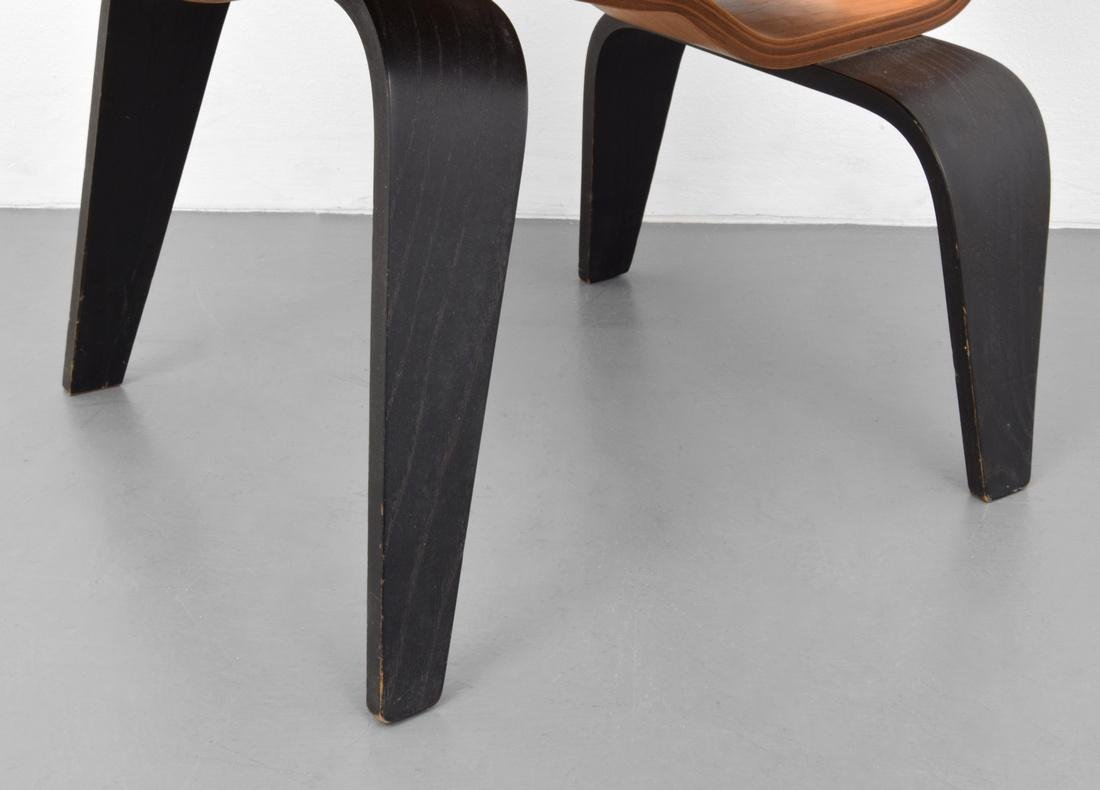 Early Charles & Ray Eames LCW Chair - 7