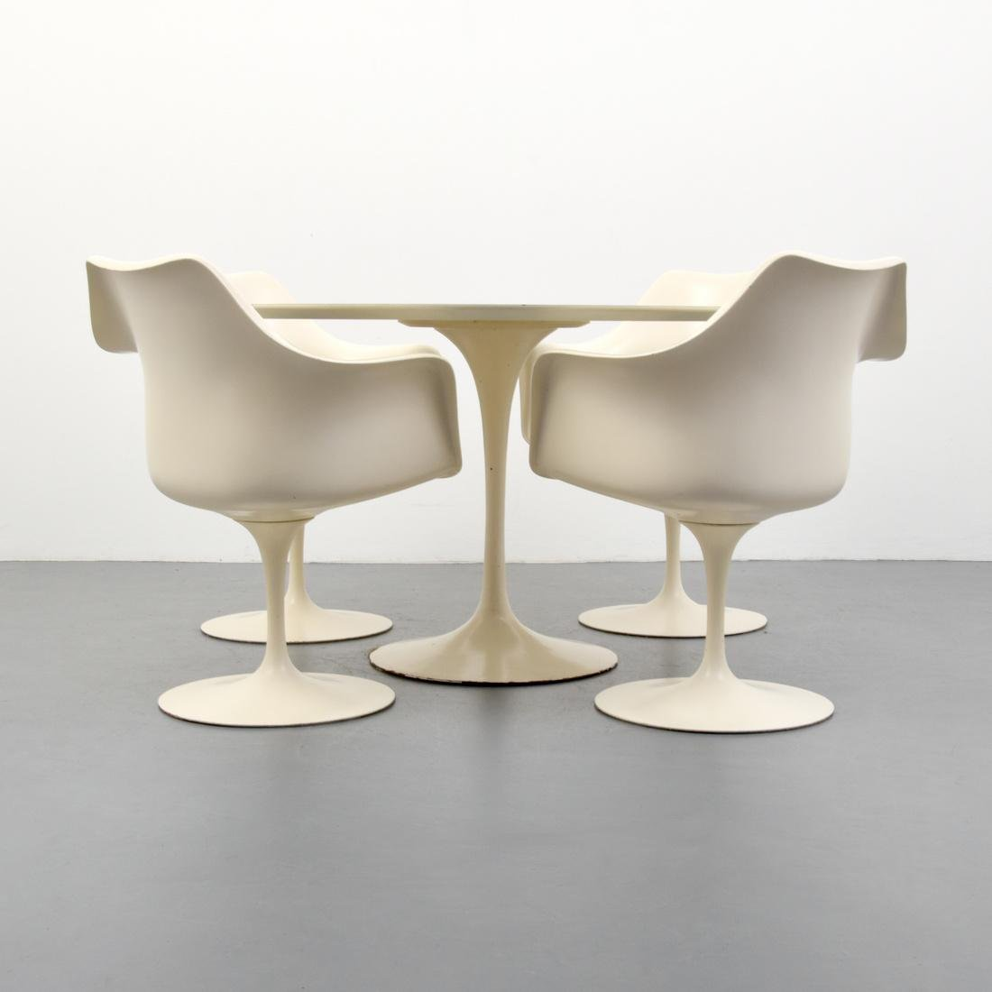 Eero Saarinen TULIP Dining Table & 4 Arm Chairs