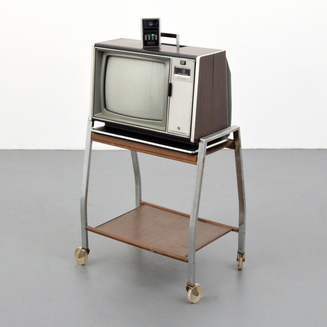 Zenith SPACE COMMAND Television, Remote & Cart
