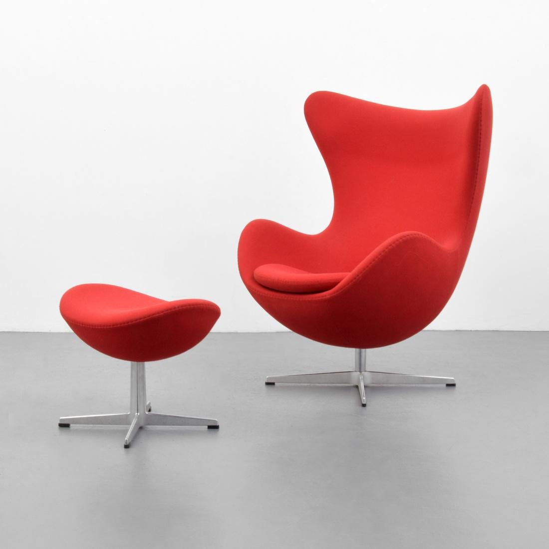 Arne Jacobsen EGG Chair & Ottoman