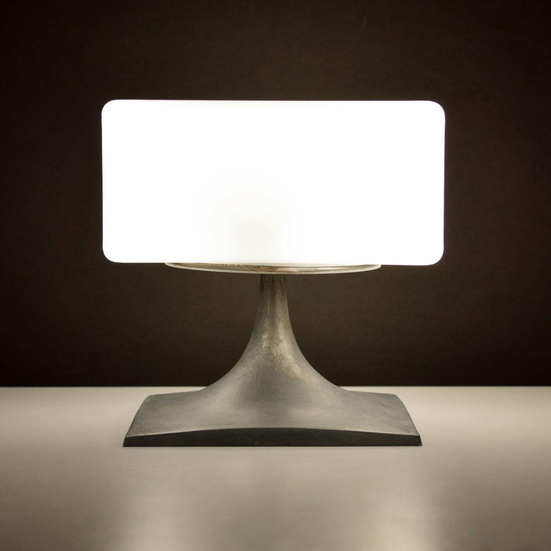 Laurel Lamp Mfg. Co., Inc. Table Lamp