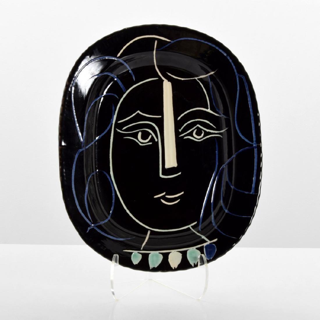 Large Pablo Picasso VISAGE DE FEMME Platter (A.R. 220)